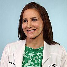 Dr. Julie Pena, MD FAAD